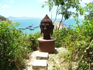solo buddha head in Quy Nohn